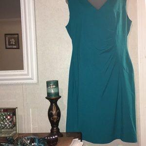 Calvin Klein sz. 12 teal sleeveless stretchy dress